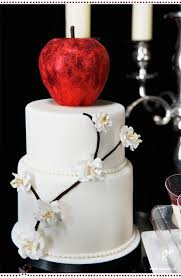 minimalist snow white apple wedding cake wedding ideas