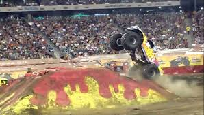 monster jam madusa truck uva digger freestyle youtube of jam monster truck show metlife