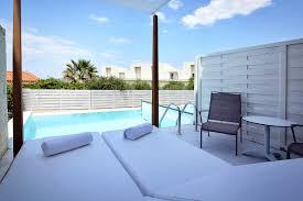 hotel chambre avec piscine priv hôtel insula alba