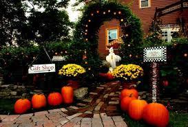 Pictures Of Halloween Outdoor Decorations by 2010 Halloween Front Door Decorating Ideas Mylifescoop Net
