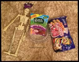 diy skeleton halloween serving dish u2013 thediyshow com