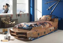 chambre garcon pirate lit pour enfant bateau pirate chambre d enfant lit