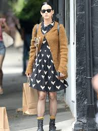 granny chic katy perry does granny chic in an oversized jumper and monochrome