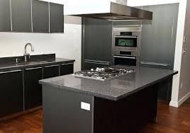 magasin cuisine laval comptoir de cuisine en bois prix comptoirs magasin cacramique au