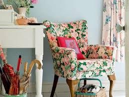 Floral Living Room Furniture Living Room With Floral Vintage Furniture Decor