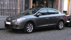 renault fluence u2013 saloon car with the power of formula 1