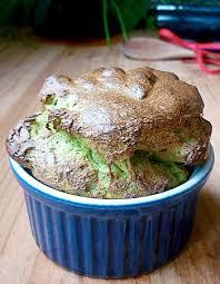 cuisiner les verts de poireaux soufflé aux poireaux recette recyclage utilisant exclusivement le