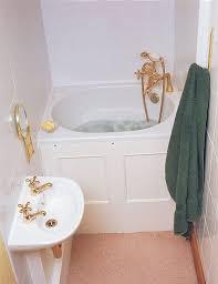 bathroom bathtub ideas best 25 small bathtub ideas on small bathroom bathtub