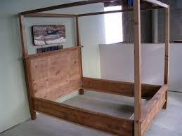 Wood Canopy Bed Frame Wooden Canopy Bed Frame Arched Vine Dine King Bed Wooden