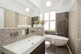 in suites freistehende badewanne in suiten bathtub in suites 2nd bath