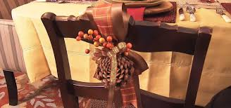 how to create a pine cone berry thanksgiving decoration