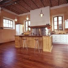 quel parquet pour une cuisine parquet stratifie pour cuisine cuisine blanche parquet bois quel