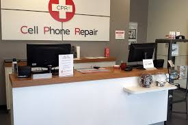 Computer Technician Desk Iphone Ipad And Cell Phone Repair Raleigh Nc