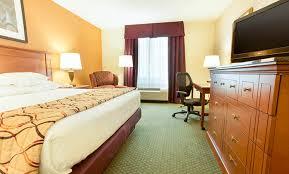 Hotels Close To Barnes Jewish Hospital Drury Inn U0026 Suites St Louis Forest Park Drury Hotels