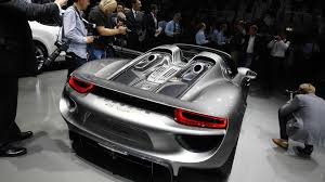 porsche 918 engine porsche updates 918 spyder performance figures 0 60 mph in 2 5s