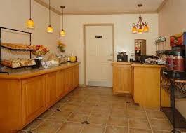 Comfort Suites Monterey Ca Comfort Inn Monterey By The Sea Monterey Deals See Hotel Photos
