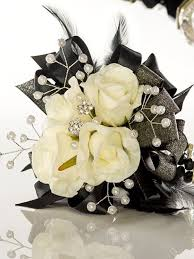 prom corsage ideas 10 pretty corsage ideas for prom glitterati style a boston