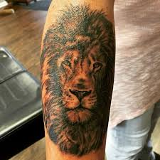 best 25 tattoos of lions ideas on small - Tattoos Of