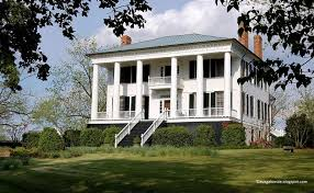 Plantation Style House by Recollections Of A Vagabonde Shoulderbone Plantation