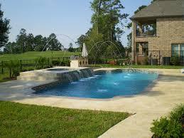 large american fiberglass pool breaks the mold