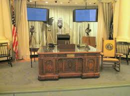 White House Oval Office Desk Kennedy Presidential Library The Enchanted Manor