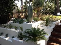 idee amenagement jardin devant maison les 25 meilleures idées de la catégorie paysage de l u0027entrée