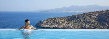 chambre avec piscine priv top 10 des villas et chambres d hôtel avec piscine privée en grèce