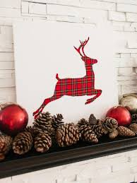 Reindeer Decoration 40 Cozy Plaid Décor Ideas For Christmas Christmas Celebrations
