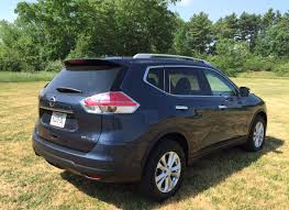Nissan Rogue 2015 - review 2015 nissan rogue is a cost conscious family crossover