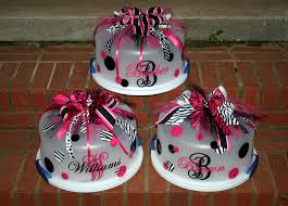 personalized cake plate personalized cake carrier by thejemzyboutique on etsy 24 00 usd