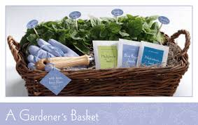 garden gift basket gardener s basket weddings ideas from evermine