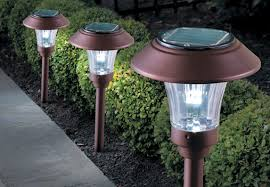 how to save energy using outdoor lighting in solar outdoor light