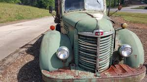Vintage Ford Truck Salvage Yards - old trucks stories and tips about old truck restoration