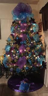 pin by daisy del angel on decorated christmas tree with mesh