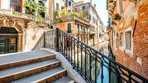 images venice italy canal stairs cities houses 2560x1440