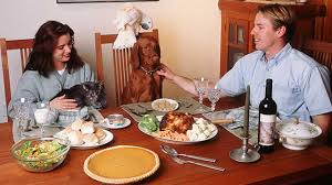 dogs at dinner table be aware thanksgiving can be dangerous for family dog abc7news com