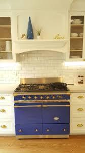 Cabinets With Hardware Photos by Best 25 Custom Range Hood Ideas On Pinterest Kitchen Range