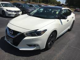 2017 nissan murano platinum 2017 nissan maxima platinum with the hard to find medallion