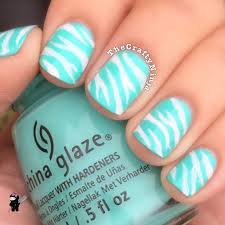 soft and pretty with mint green nails