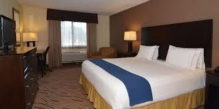 2 bedroom suites san antonio holiday inn express suites san antonio airport north hotel by ihg