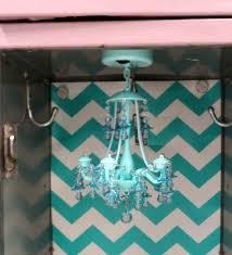 White Locker Chandelier 5 Simple Steps To Decorating A Fabulous Locker With Locker Lookz