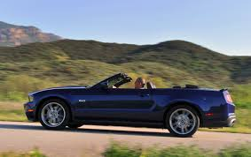 2011 mustang weight 2011 ford mustang gt convertible review