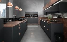 cuivre cuisine cuisine noir bois recherche keuken cuivre se