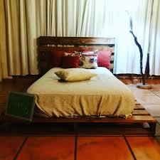 Pallet Platform Bed Wooden Pallet Platform Bed 99 Pallets