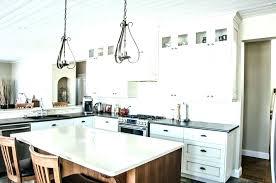 luminaire cuisine pas cher luminaire de cuisine cuisine ouverte sur salon aux accents gris et