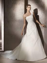 louer une robe de mariã e robes de mariée à louer le de la mode