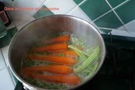 comment cuisiner les petits pois petits pois carottes et oignons nouveaux ou comment le printemps