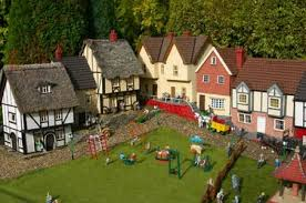 visitor s guide to bekonscot model in