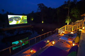 Backyard Movie Theatre by Is This The World U0027s Coolest Outdoor Movie Theatre