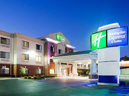 Comfort Inn Suites Salem Va Holiday Inn Express And Suites Rocky Mount 4302908659 4x3